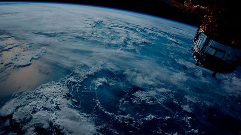espacio-satelite_opti_v4.jpg