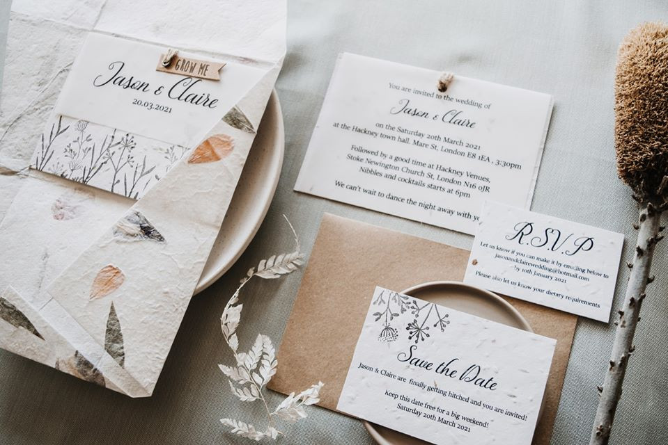 Seeded paper featuring natural florals wedding invitation set by Luna & Sol Co.