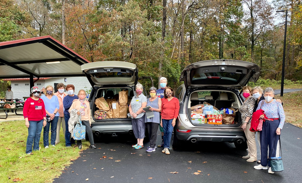 CAC Food Donation at Thanksgiving