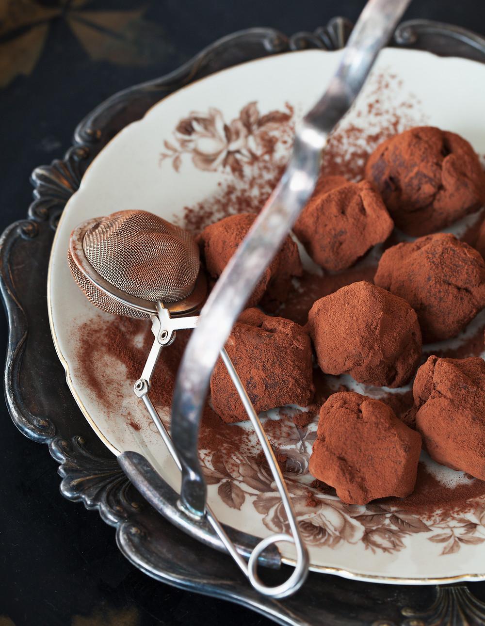 Dusting Chocolate Truffles