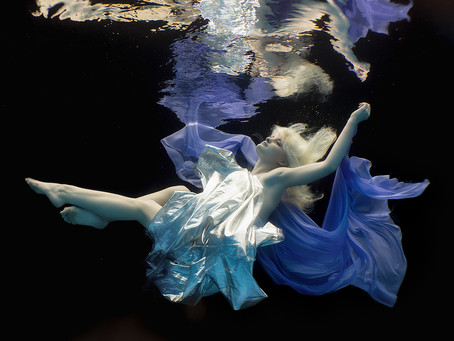 Working underwater with a model