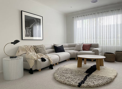 FAMILY ROOM 1_StylingSeriesLounge_1600x1