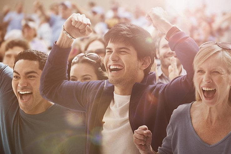 Público feliz en  evento