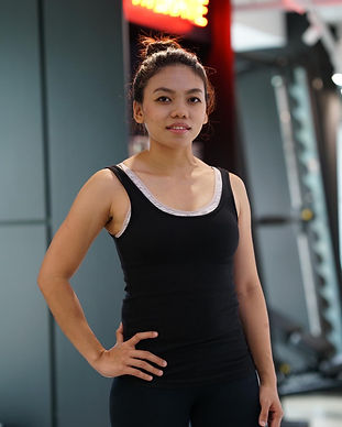 revolt gym singapore trainer aqilah