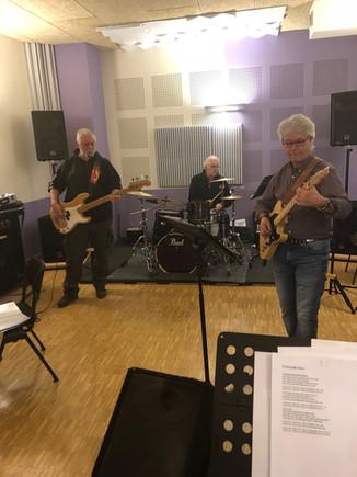 Le groupe en répétition