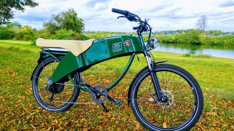 2 zits e-bike Stroler Lohner te huur via ons