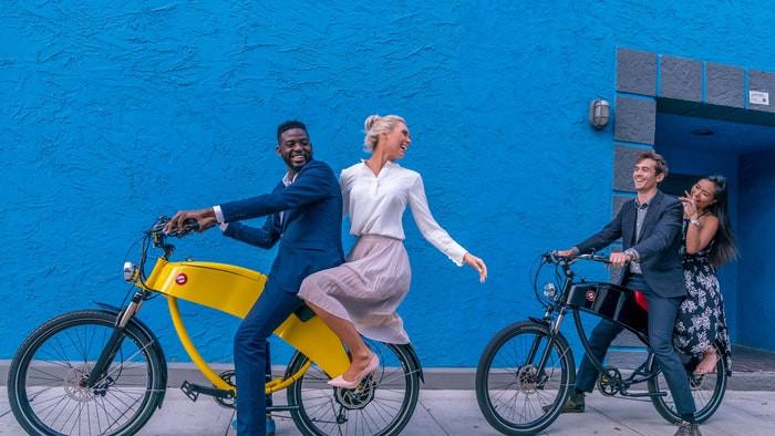 Two seat E-Bike Lohner Yellow and Diablo Black