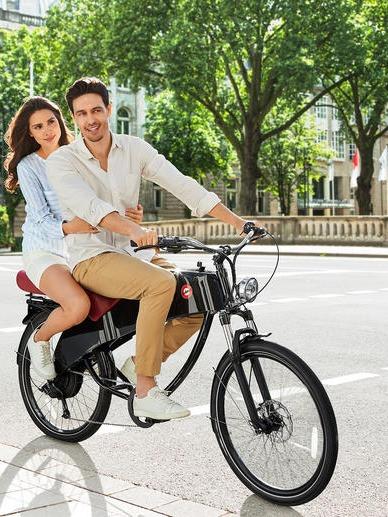 Lohner e-bike for two