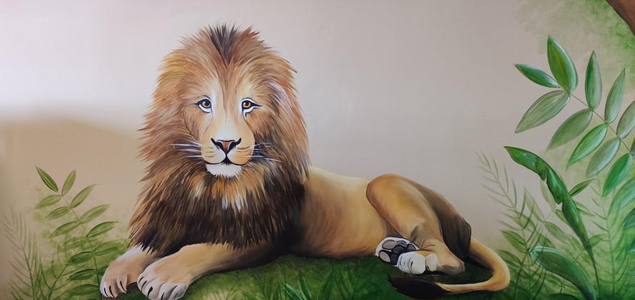 muurschildering leeuw  Jungle