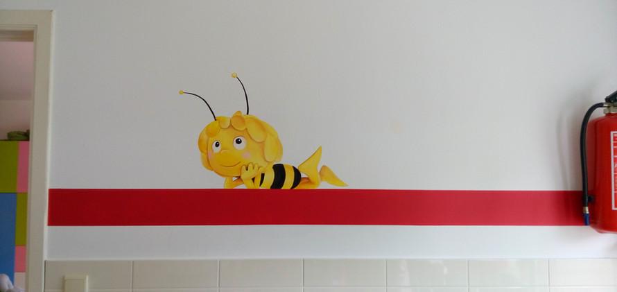 muurschildering Maya de Bij