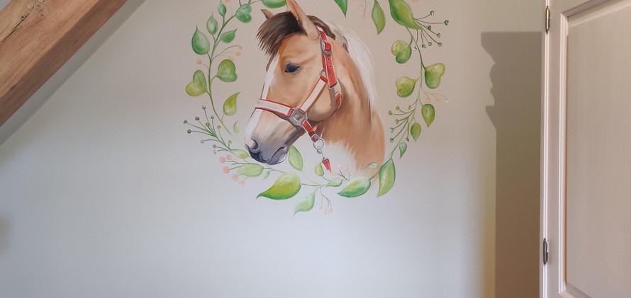 muurschildering paard