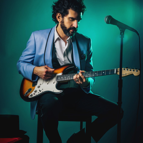 Michael Goldwasser_Fender Ultra - Photo Credit Jay Velarde