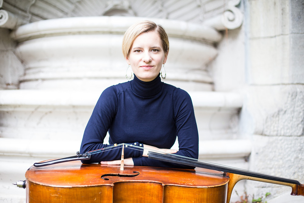 Marie-Pier Gagné est violoncelliste au sein du Collectif de la Cité