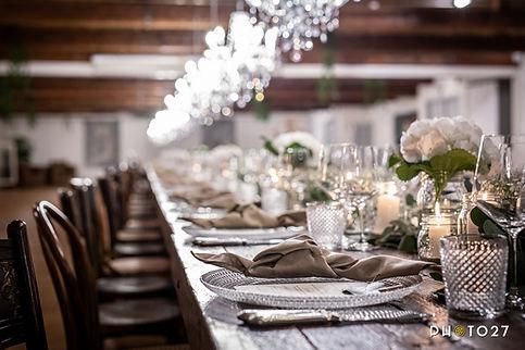 In un matrimonio perfettamente curato la mise en place è molto importante, dettagli curati per un effetto assicurato. Silvia Daniele Wedding Planner