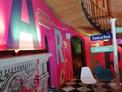Revive la magia de Friends en la casa Warner House de México.