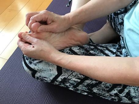足活①―足のマッサージは下半身を整え、強くする第1歩