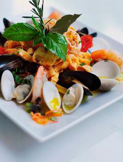 best-mediterranean-restaurant-naples-fl