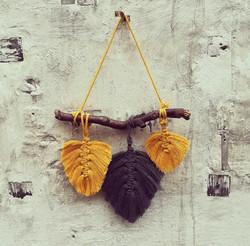 Macramee Feder- Wandbehang