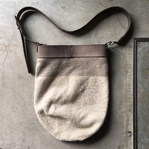 綿糸手編みショルダーバッグ