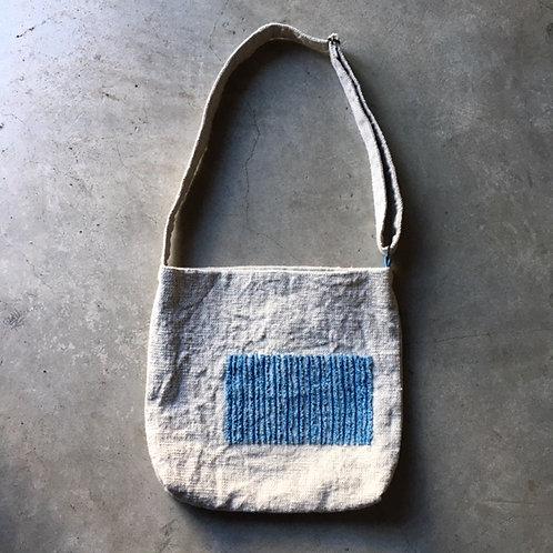 ホームスパン つぶつぶ柄のバッグ No.2