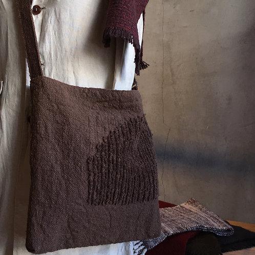 ホームスパンつぶつぶ柄のバッグ