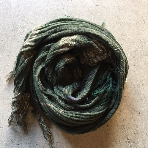 roots shawl -middle-