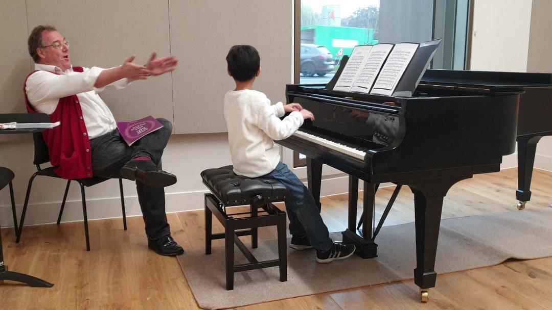 02 3 John Clapping.jpg