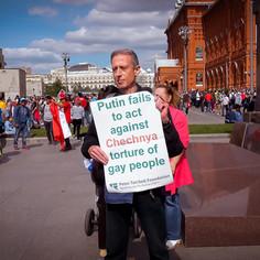 Peter Tatchell protesting in Moscow © Christopher Amos  @Netflix @NetflixFilm @Most @TatchellMovie