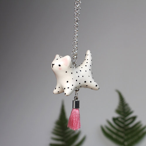 Leopard pendant with pink tassel and silver plated chain