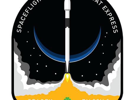 Falcon 9, reutilizado pela terceira vez, lança 64 satélites