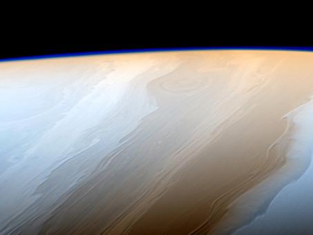 Nuvens em Saturno