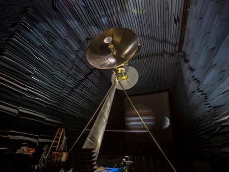 NASA testa antena da missão Europa Clipper