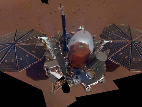 InSight tira primeira selfie em Marte