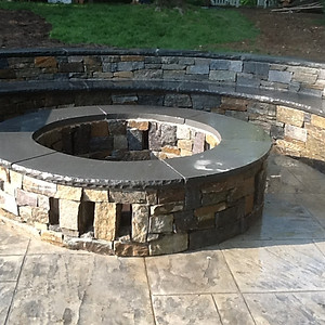 Outdoors Kitchen & Fire Pits