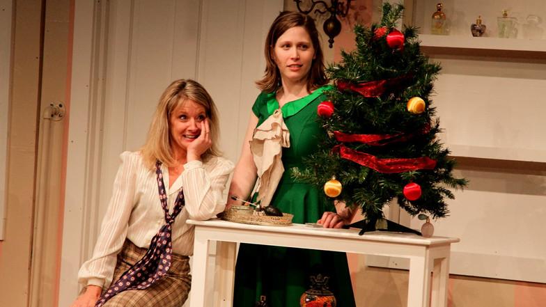 Tis' The Season to Give Wreath Sales