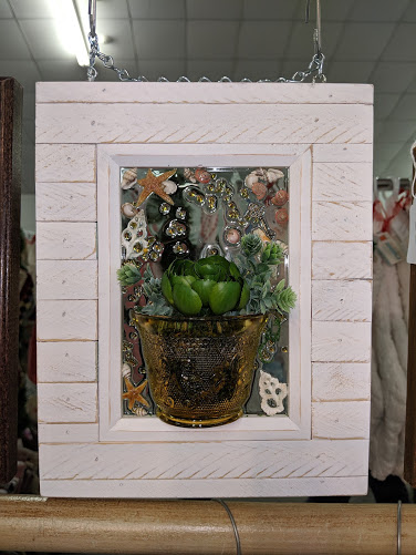 5x7 White Frame with Shells