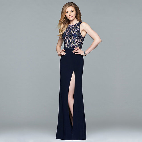 [RENT] Long jersey dress with lace applique bodice and back cut outs
