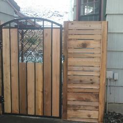 Custom Wood Gate 7410
