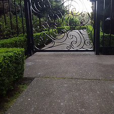 Nelson Walk Gate 4600