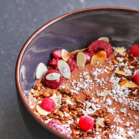 Chocolate power smoothie bowl.