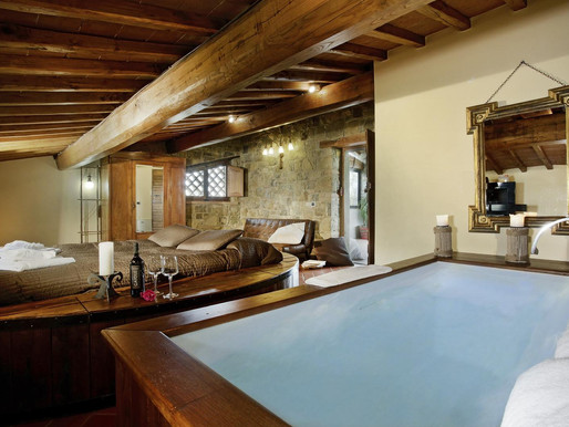 July 2020 - A true WINE EXPERIENCE in a charming accommodation - Borgo Casa al Vento