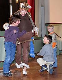 Theater mit Zauberei Sturmvogel Kinder