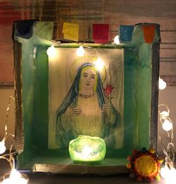 kleiner# indischer# Hausaltar mit #Mariagemälde