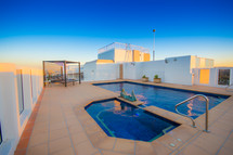 Rooftop pool - Gold Coast penthouse
