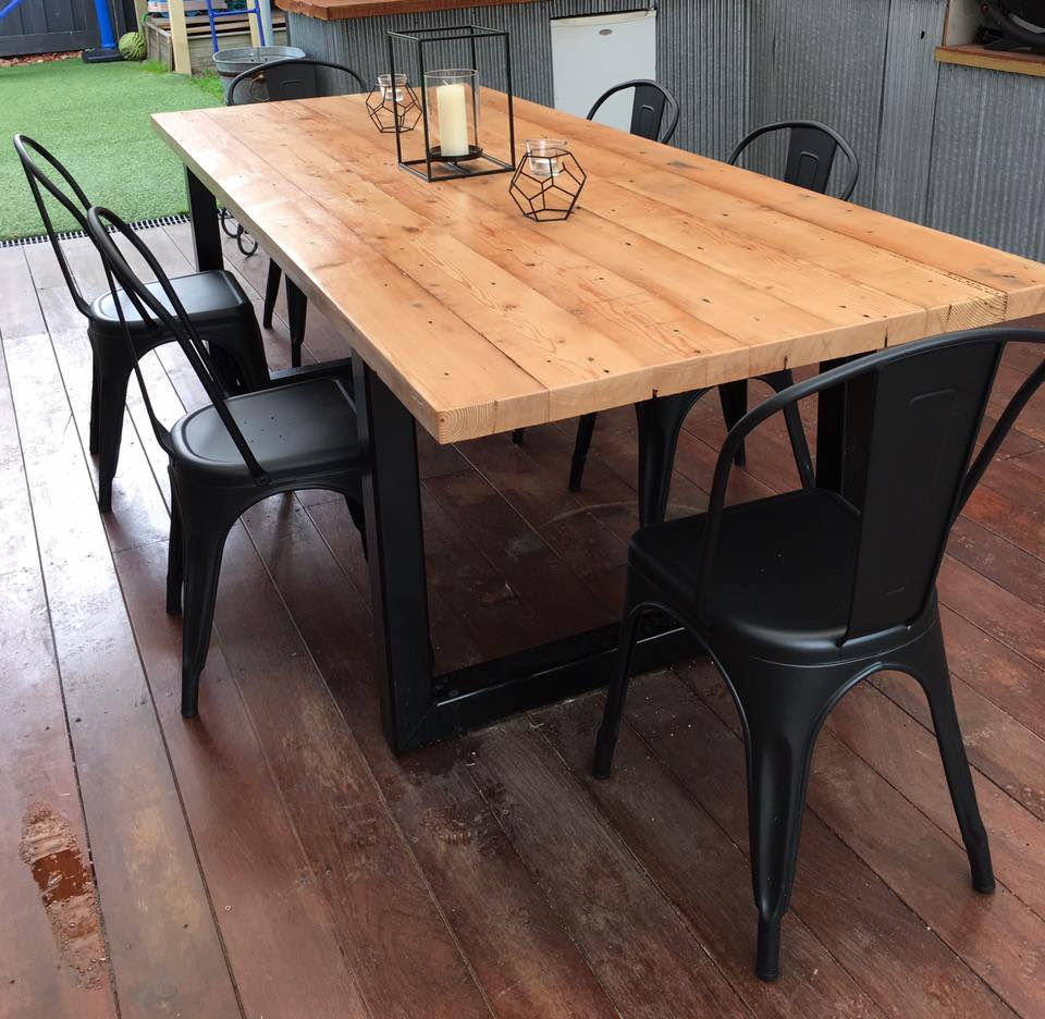 Indoor Outdoor Oregan Table 1