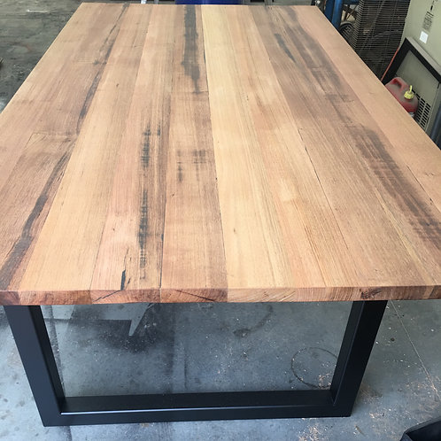 127. Rustic Tasmanian oak dining table