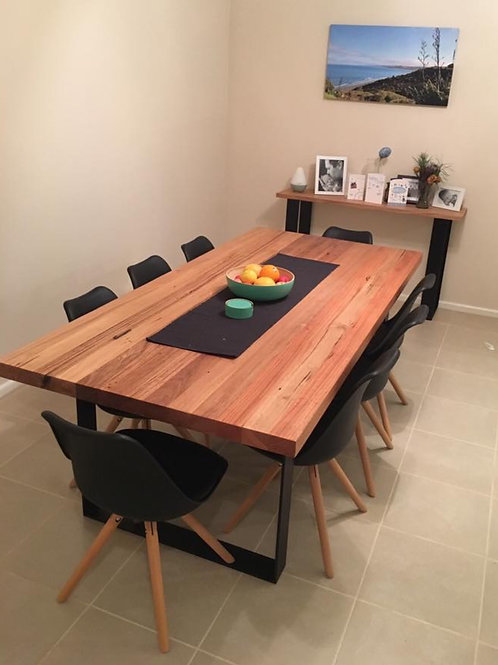 156. Dining table with flat black metal legs