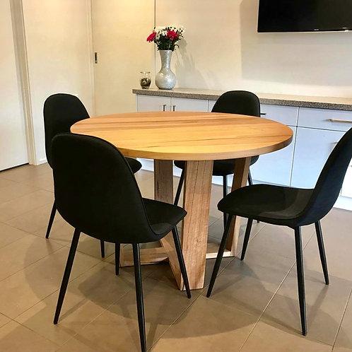 152. Tasmanian oak round dining table