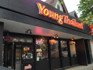 TASTE OF THAI SELECT: Young Thailand (Parliament and King Street)