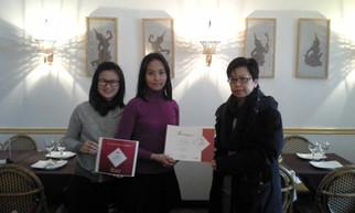 Certificates award to Thai Select restaurants